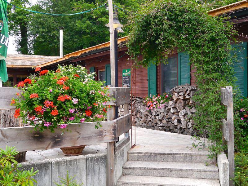 Auftanken in der Waldschänke Friedrichsruhe (oder nebenan im Hotel-Spa)