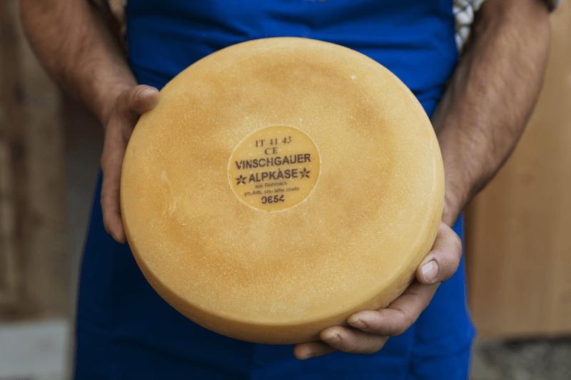 Käse von den Almen im Vinschgau