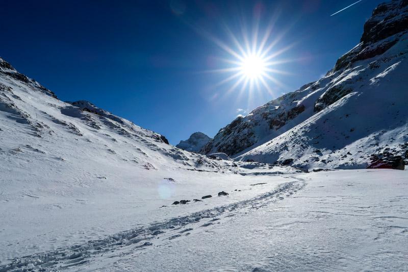 zugefrorener Silvretta-Stausee