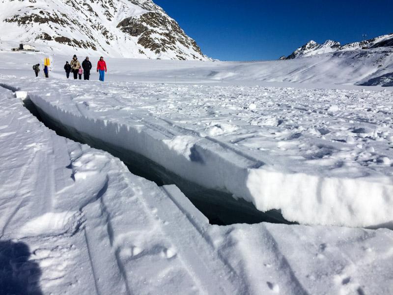 Eisspalte auf dem Silvretta-See