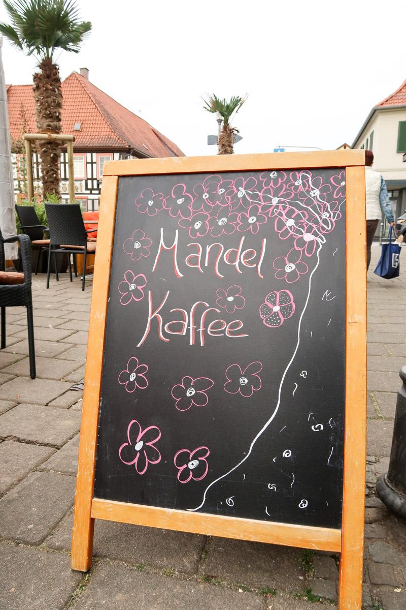 Mandelkaffee gibt's in der Kaffeerösterei Fleck