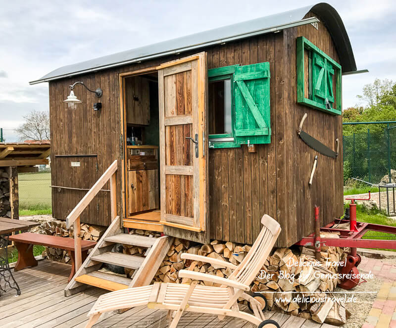Auszeit im Albwiesen-Chalet oder Holzfäller-Wagen