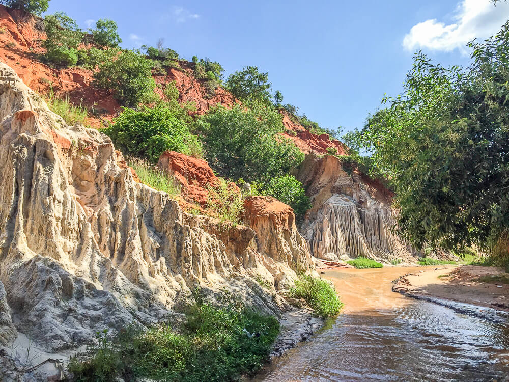 Flusslauf zum Meer #muine #vietnam #fernreise #delicious_travel