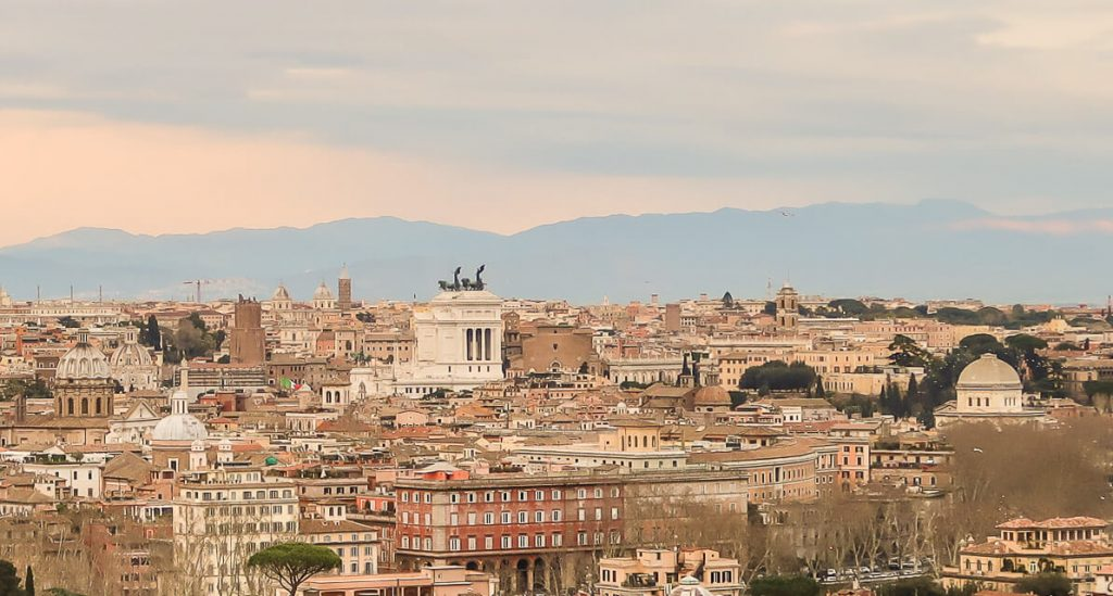 Essen in Rom: Kulinarischer Streifzug durch Trastevere, Testaccio und Monti