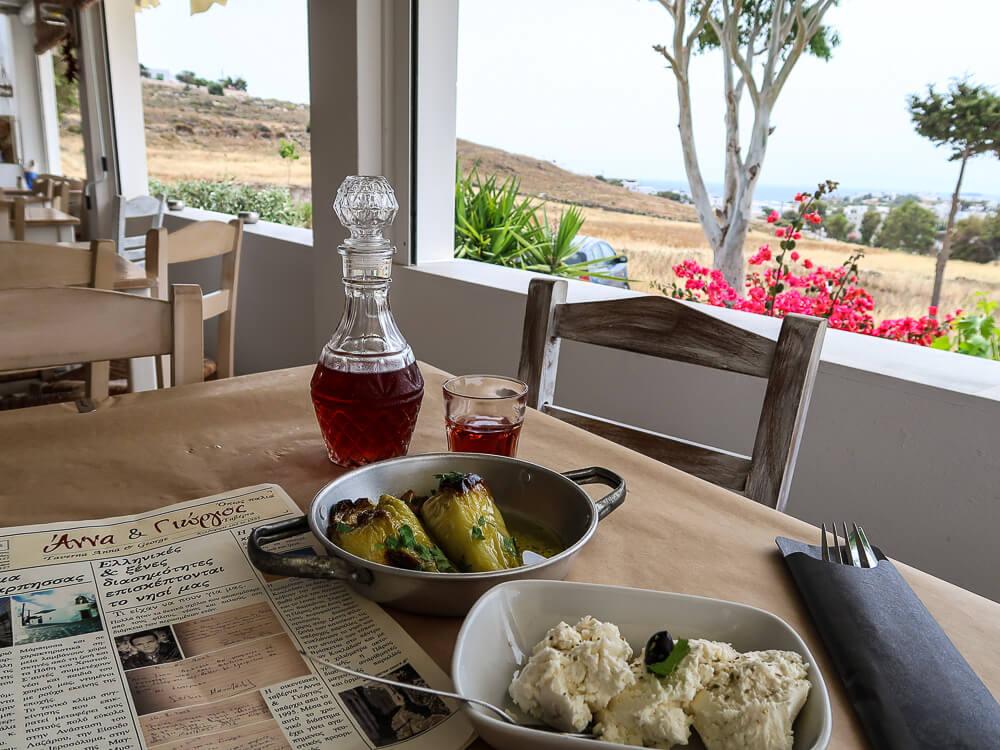 Hausmannskost bei Anna & Giorgos Taverna in Marpissa