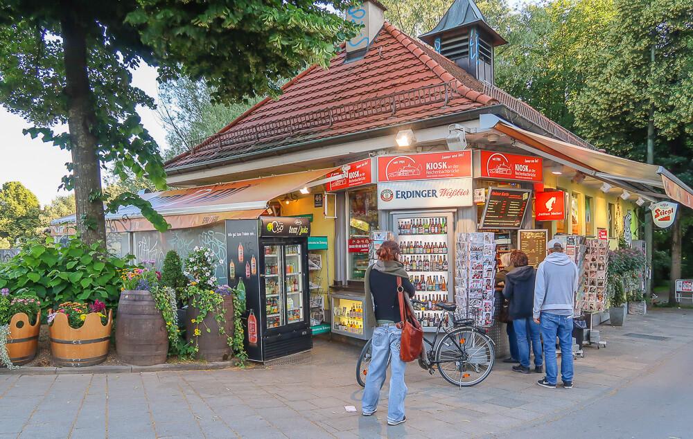 Kiosk Reichenbachbrücke, München