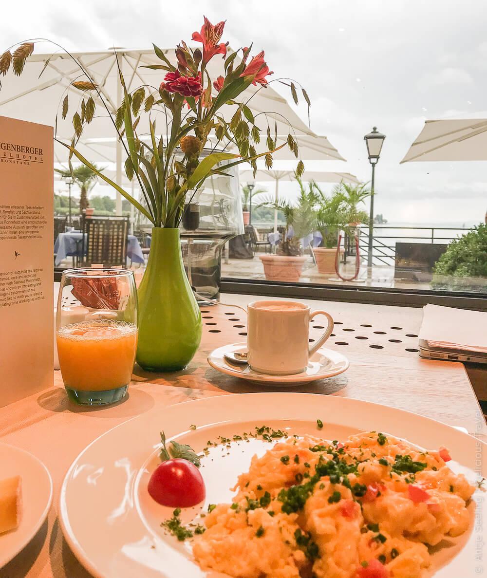Frühstück mit Seeblick im Steigenberger Inselhotel Konstanz