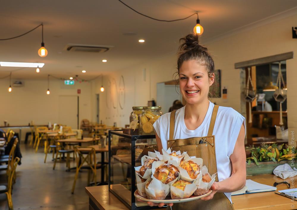 Selbst gebackene Muffins im Three Birds Café