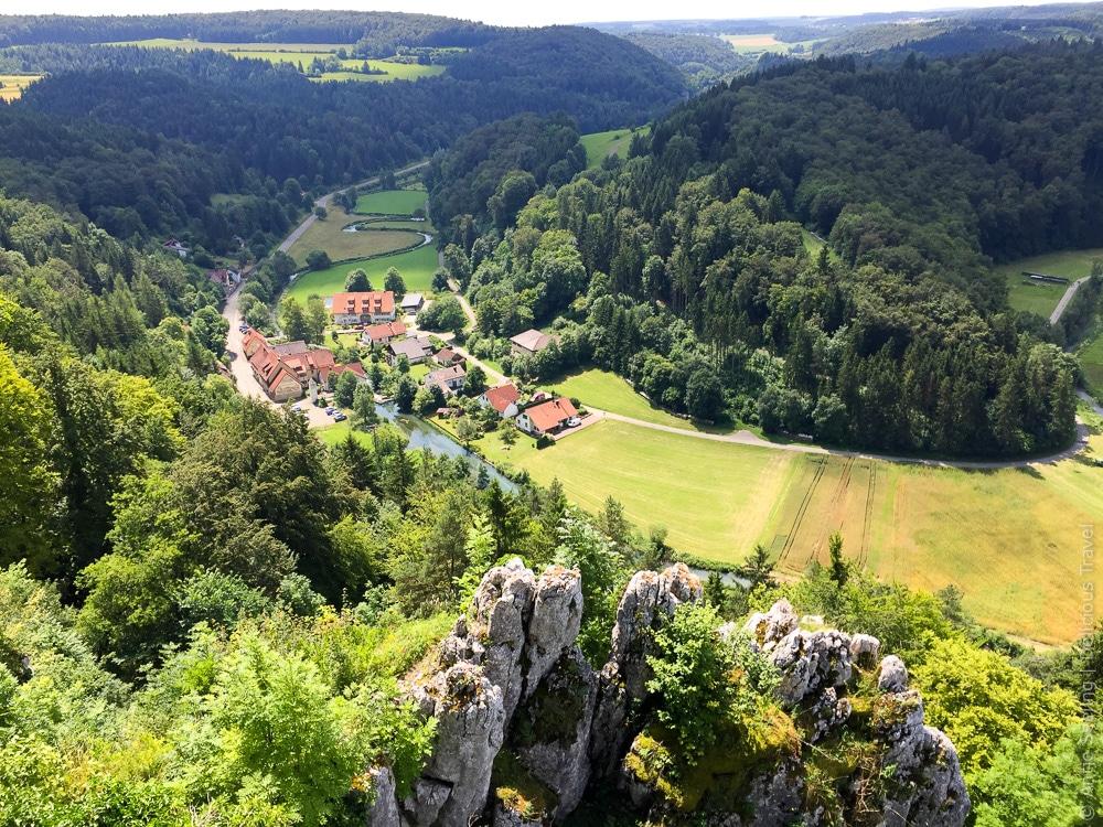 Großes Lautertal:  Blick von der Ruine Hohengundelfingen