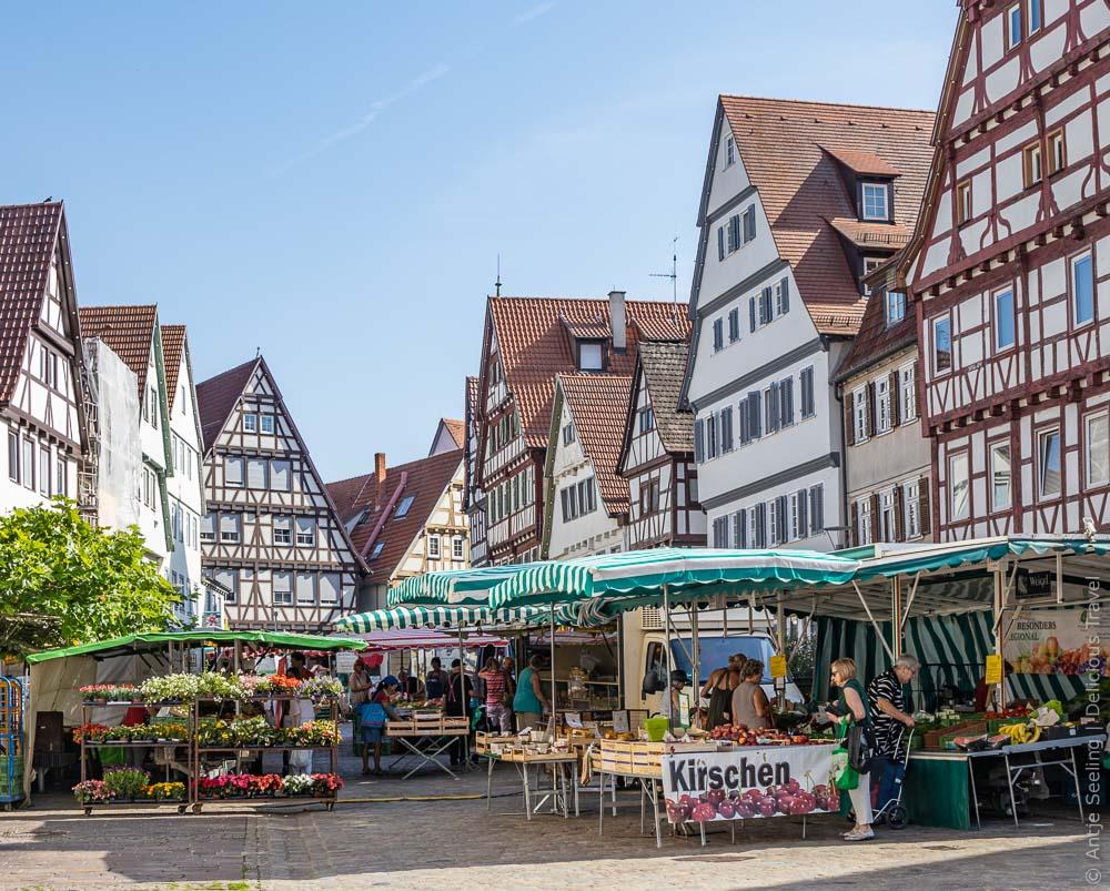 Mittwochsmarkt in der Leonberger Altstadt