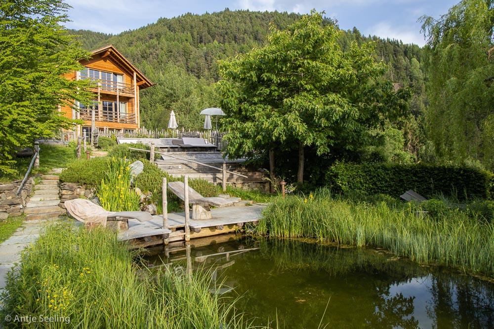 Naturbadeteich im Lüsnerhof