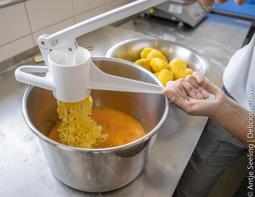 Kartoffeln pressen geht auch mit der Spätzlepresse