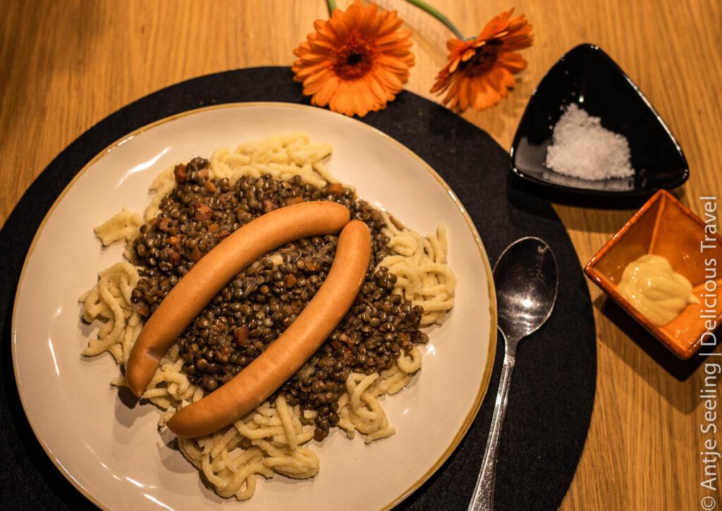 Schwäbische Küche: Linsen und Spätzle, Zwiebelrostbraten und Maultaschen