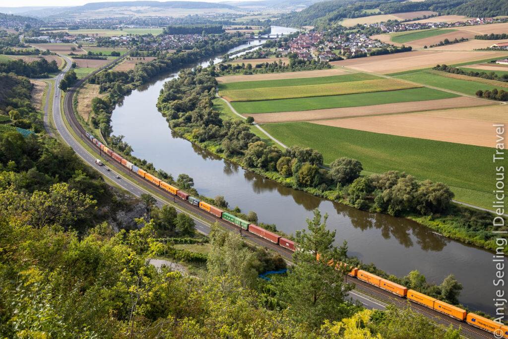 Mainblick vom Terroir f Stettener Stein im Weinland Franken