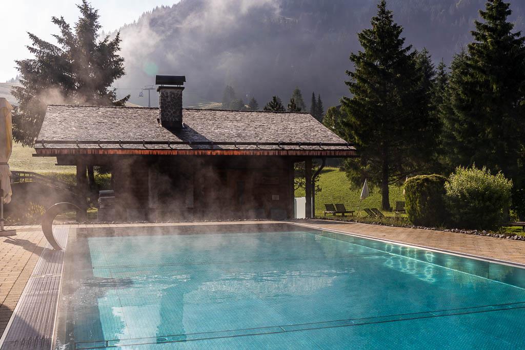 Pool im Hotelgarten