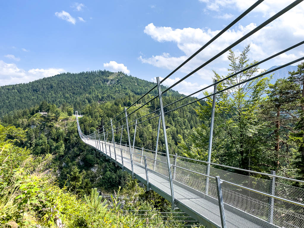 Längste Fußgängerhängebrücke der Welt: highline179