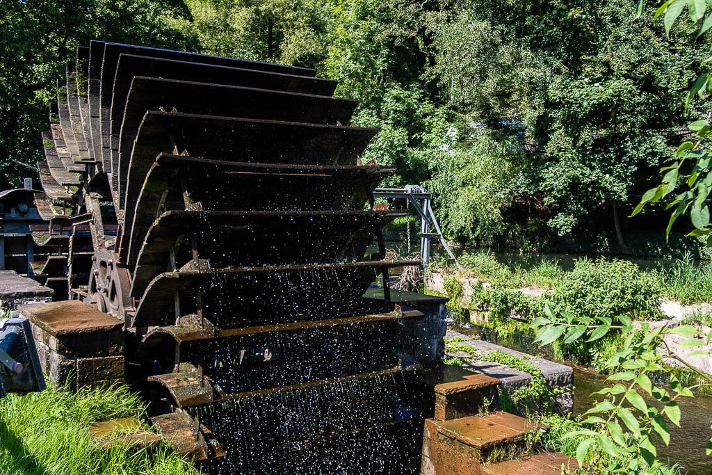 Nagoldtalradweg: Wasserrad historisch
